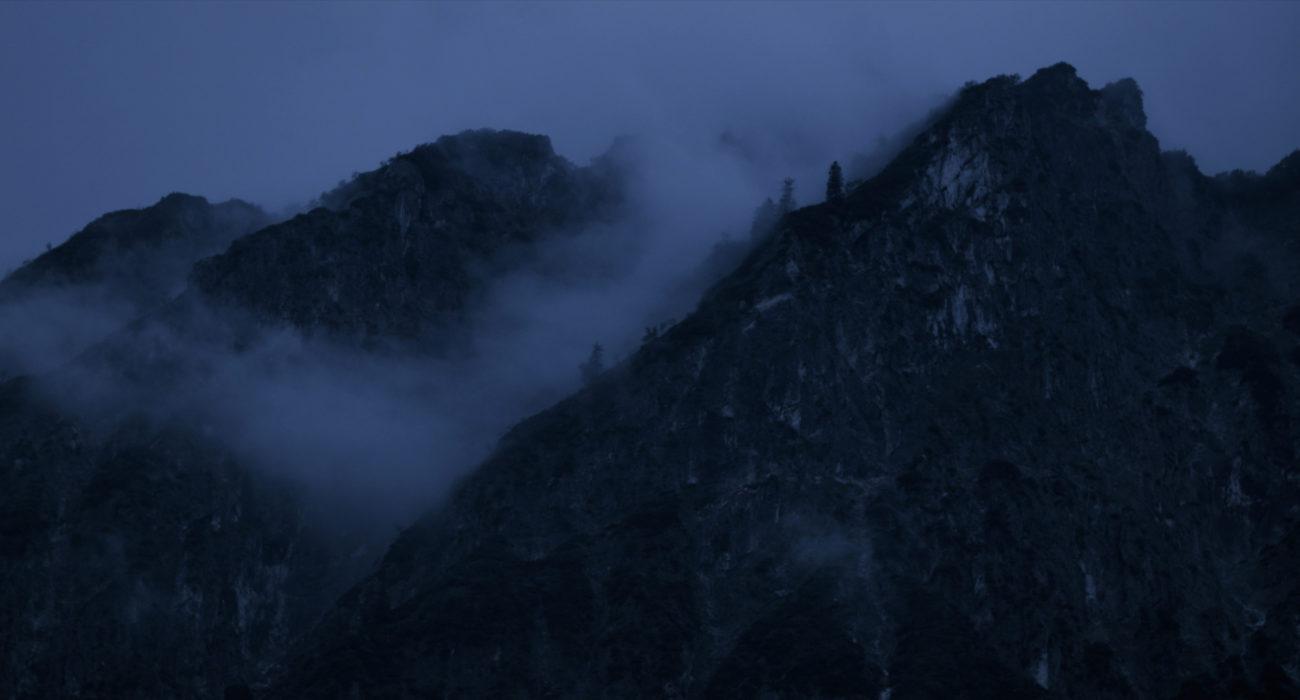 Der Pfad Hauptmotiv Berg